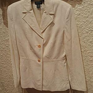 Ann Taylor Ladies White Blazer Size 6